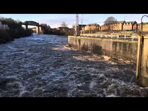 Boxing day flood water running through the Latchford locks - Part 2