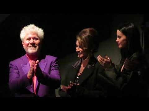 'Parallel Mothers' Ovation NYFF 10/8/21 Pedro Almodovar, Penelope Cruz, Milena Smit