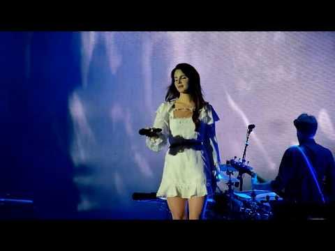Lana Del Rey - Blue Jeans (Way out West 2017)