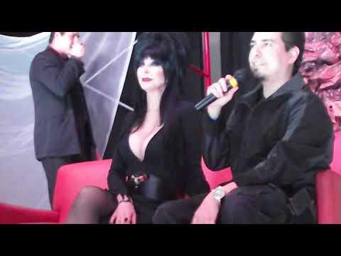 Elvira Mistress Of The Dark Horror Fest Mty Mx 2011