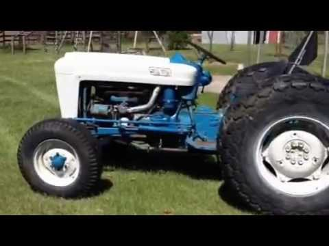 1963 ford 2000 tractor running youtube. Black Bedroom Furniture Sets. Home Design Ideas