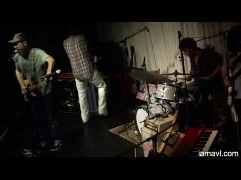 Truth and Salvage Company @ Lexington Avenue Brewery 5-25-2014