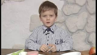 Класний малий Фелікс готує дитяче олівє. Малюк Кухарчук. Легкі рецепти. Прості рецепти.