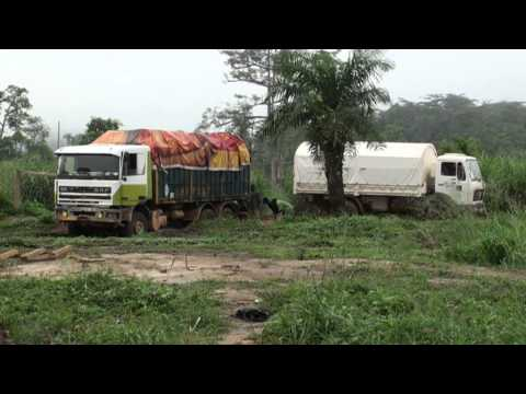 Sierra Leone - Truck stuck in the mud