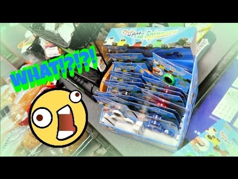 NEW FIDGET SPINNERS AT 7 ELEVEN! | GLOW IN THE DARK COLOR CHANGING FIDGET SPINNERS! | 7 ELEVEN VLOG