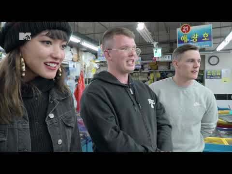 BOF 2018: These two Brits can speak Korean FLUENTLY! Shopping at a Korean fish market