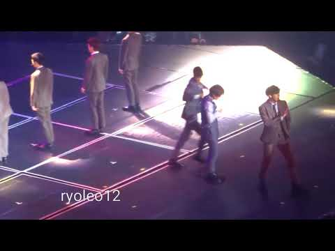 [FanCam] 20180427 EXO - Lotto ElyXiOn Manila