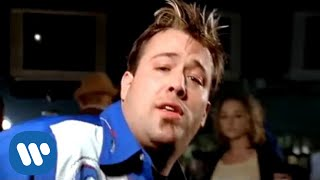 Uncle Kracker - Drift Away (Official Video)