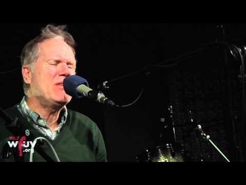 """Loudon Wainwright III - """"Over the Hill"""" (Live at WFUV)"""