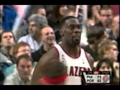 Shawn Kemp - 76ers at Blazers - 2001-02