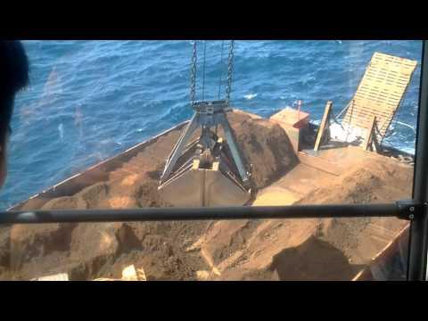 Floating Crane gottwald (opr. diki damara)