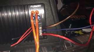 видео Подключение автомобильного сабвуфера