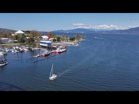 Vancouver WALK & EVENT: 2018 VANCOUVER SUN RUN 10K, Pt. 6 - K5-K6 (Burrard Bridge, Burrard St)