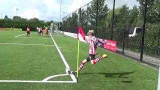 Delano Vianello scores a header against FC Volendam with Sparta JO16
