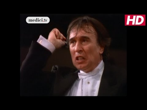 "Claudio Abbado with the Berliner Philharmoniker - Symphony No. 1 in D Major, ""Titan"" - Mahler"