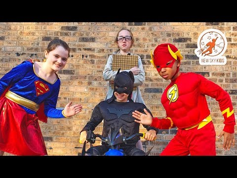 Thumbnail: Little Superheroes 11 - The Inspector with Supergirl, Batman and the Flash