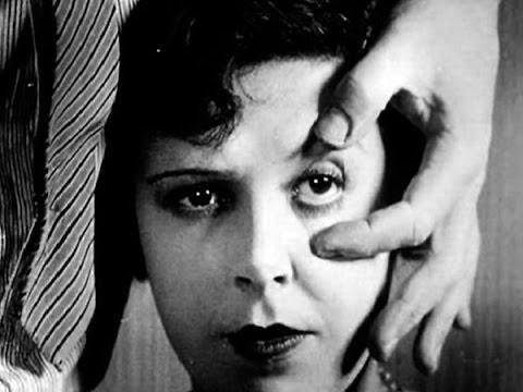 Un Chien Andalou - Luis Bunuel & Salvador Dalì - Clip by Film&Clips