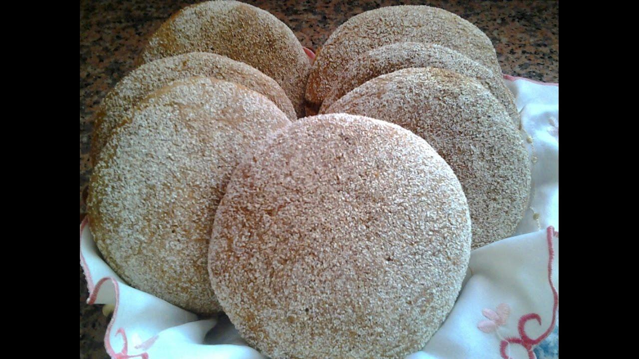 خبز الشعير الصحي اللذيذ المحراش Youtube Bread And Pastries Bread Cheese
