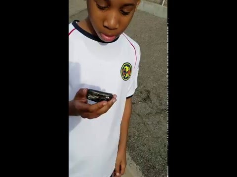 Kid breaks phone because he wants a Galaxy S7 (ReadThedescription)