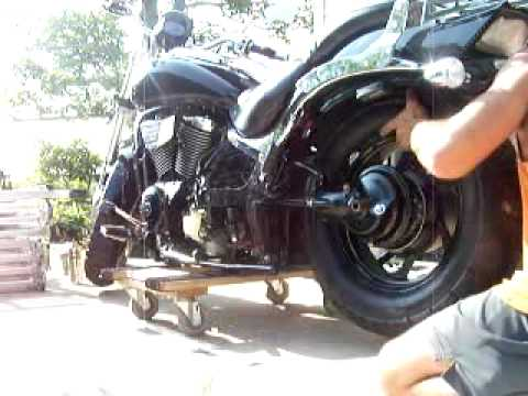 How To Remove Rear Tire From Suzuki Boulavard