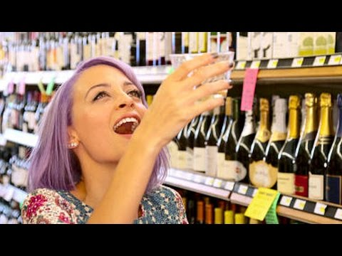 Download Candidly Nicole Season 2 Episode 1 Review & After Show | AfterBuzz TV