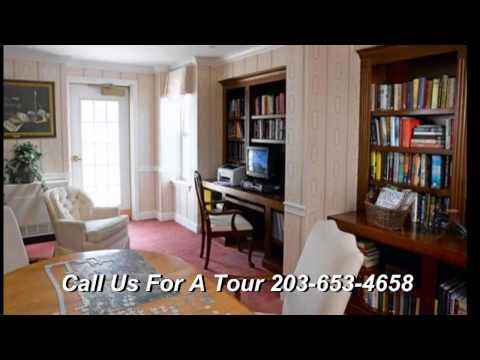 Atria Crossroads Place Assisted Living   Waterford CT   Connecticut   Independent Living