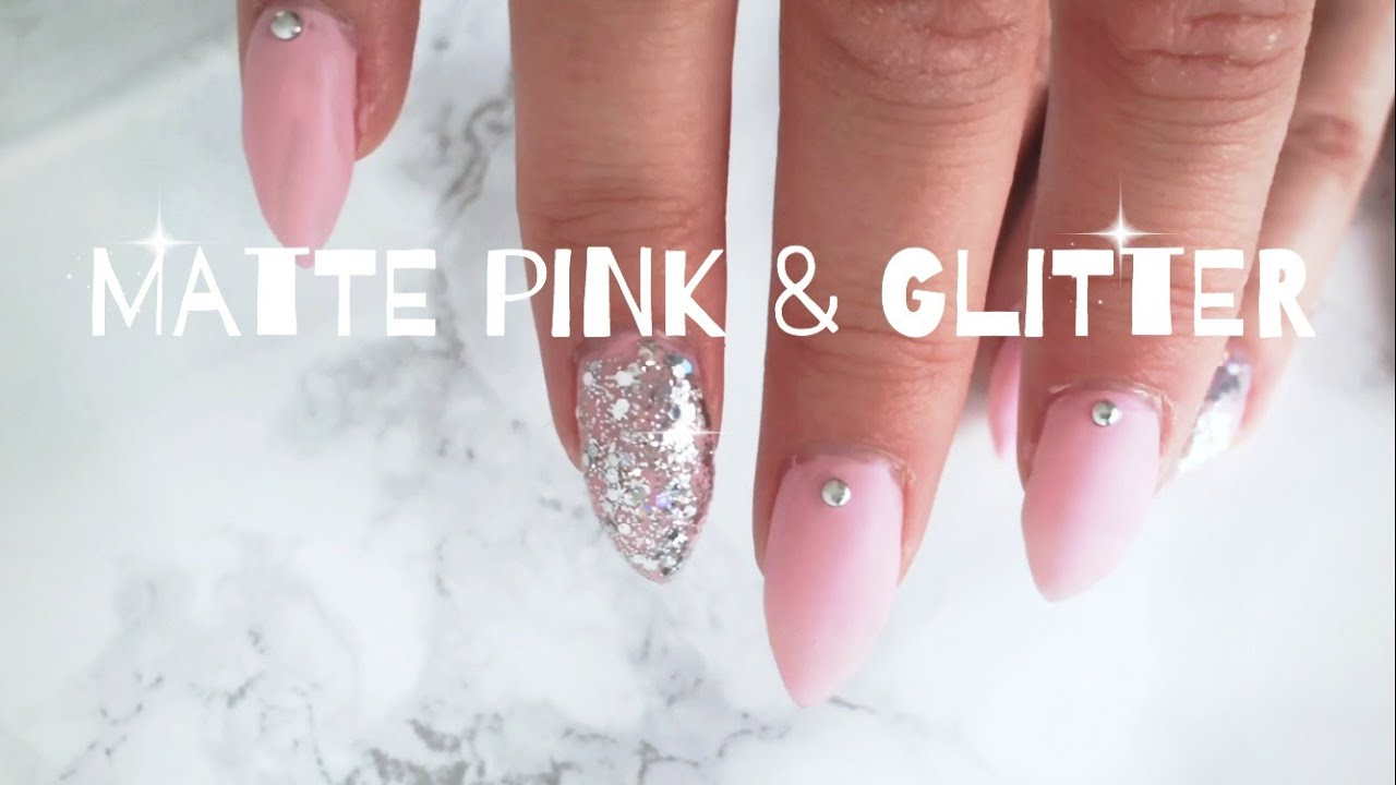 rosa akrylnaglar