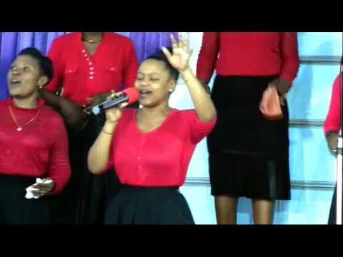 Download Nimeona Neema yako Bwana - Efatha Mass Choir