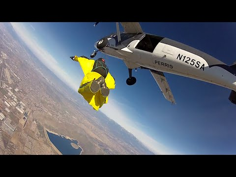My First Wingsuit Experience - With Josh Sheppard At Skydive Perris - 5th Jan 2015