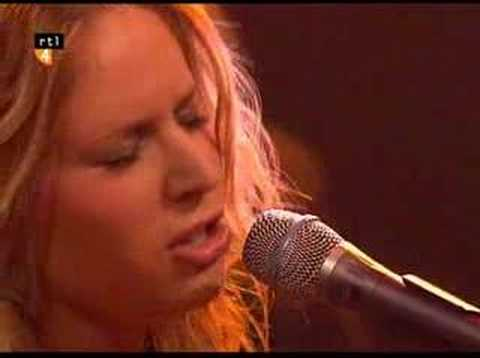 Lucie Silvas - What You're Made of (Live @ Barend & Van Dorp