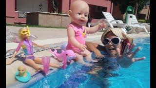 Elif Dalgıç barbie ve oyuncu yunus ile yüzüyor, Eğlenceli çocuk videosu