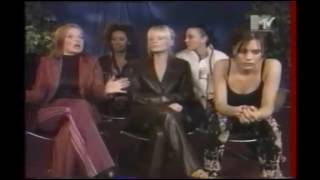 spice girls   mel b angry on geri   just look at mel b s face