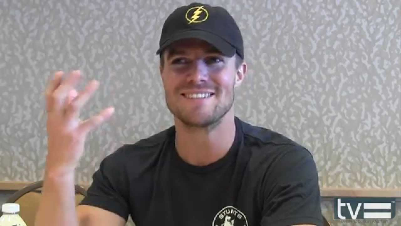 stephen amell interview arrow season 3 youtube