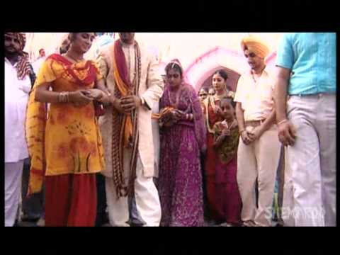 Asa Vichad Jana - Punjabi Wedding Songs - Miss Pooja ...