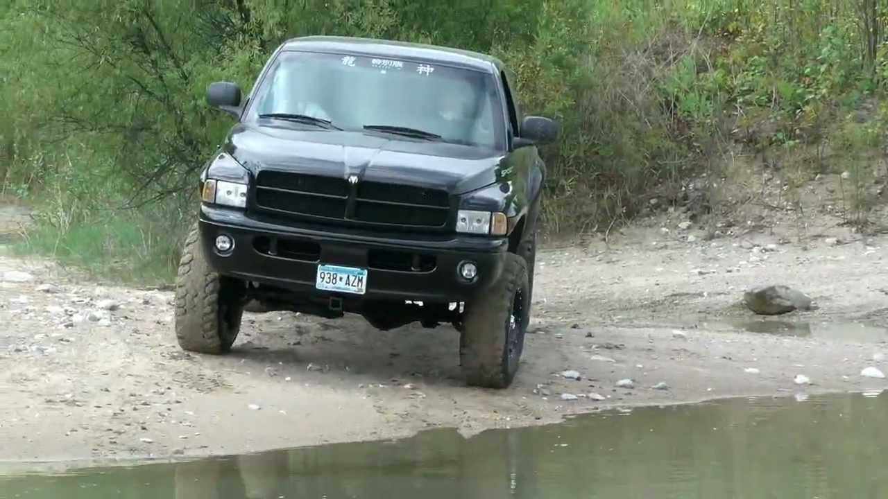lifted dodge ram off road in water hd youtube. Black Bedroom Furniture Sets. Home Design Ideas