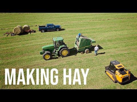 JCB Teleskid Helping Make Hay!