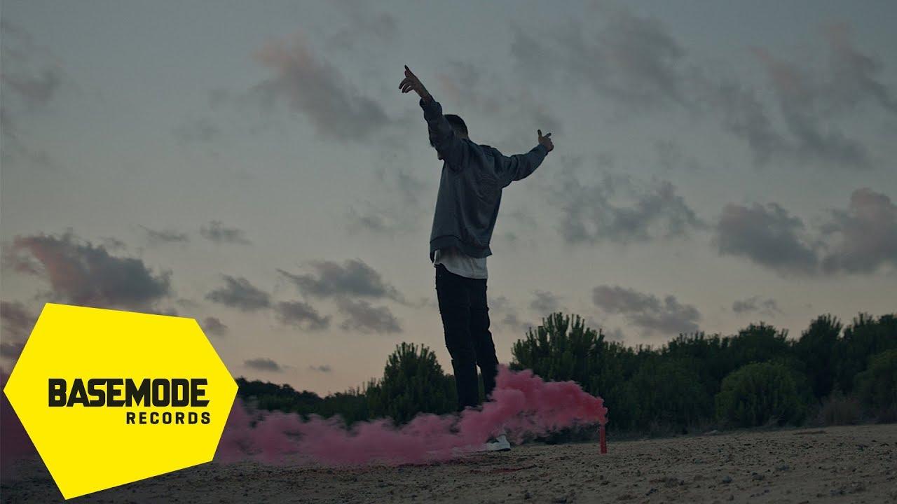 Download Khontkar - Hiçbir Şeyim Yok   Official Video