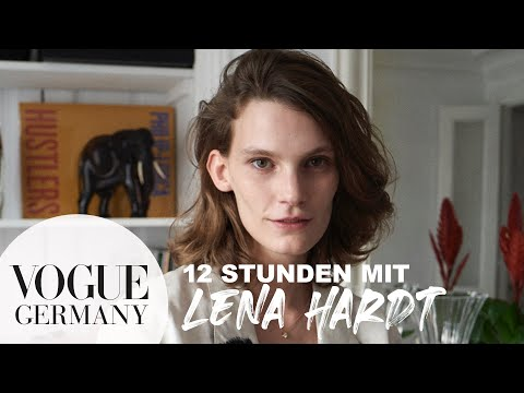 Topmodel Lena Hardt - ganz privat in Paris | 12 Stunden mit... | VOGUE Germany