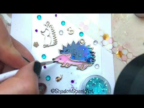 Making a Cute Hedgehog with UV Resin & Open Bezel from Japan