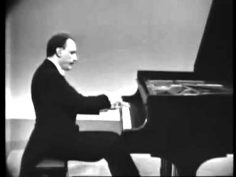Arturo Benedetti Michelangeli - Chopin: Scherzo n. 2 in B flat minor, Op. 31.