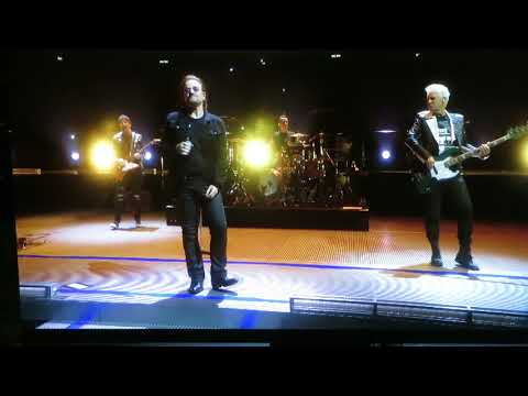 Kevin Jones - U2's Bono loses his voice on stage & stops concert