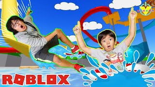 RYAN AND DADDY AT THE WATER PARK ! Let's Play Roblox Water Park