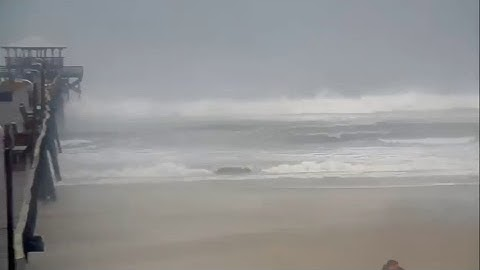 Hurricane Florence - Pier Cams, NC (Live Streamed 9/13/2018)