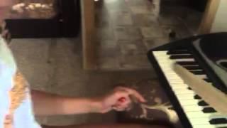 уроки обучения игры на синтезаторе