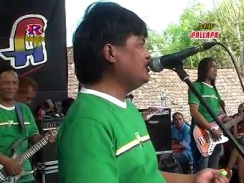 SOLIQ IRWANSYAH Menangis New Pallapa Live In Sekaran Lamongan