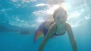 Плавание в хвосте русалки Флеш(Стать настоящей русалкой теперь еще проще! С новыми хвостами русалок 3D ! Они сделаны из ткани, но выглядят..., 2016-03-03T09:48:50.000Z)