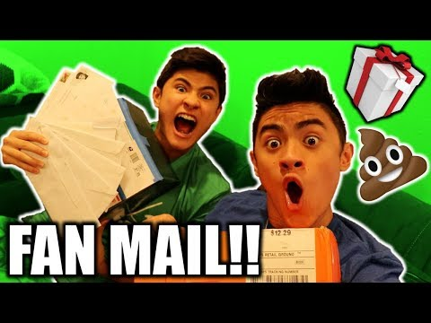 🔴LIVE FAN MAIL UNBOXING!! SOMEONE SENT POOP💩 !!