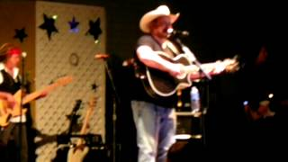 Watch Chris Cagle Dance Baby Dance video