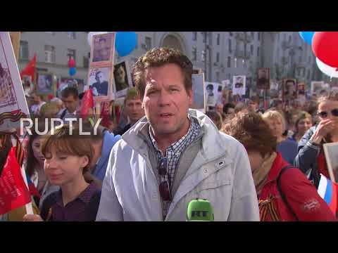 Russia: Thank you for everything Russia! - UK MEP joins Moscow's Immortal Regiment march