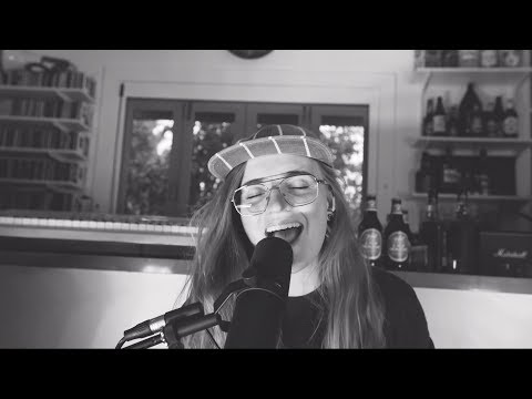 G Flip - 'Drink Too Much' Kitchen Session